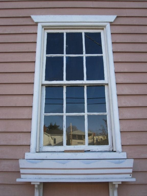 5 worst mistakes of historic homeowners part 1 windows for Home window replacement