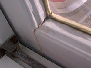 window cracks