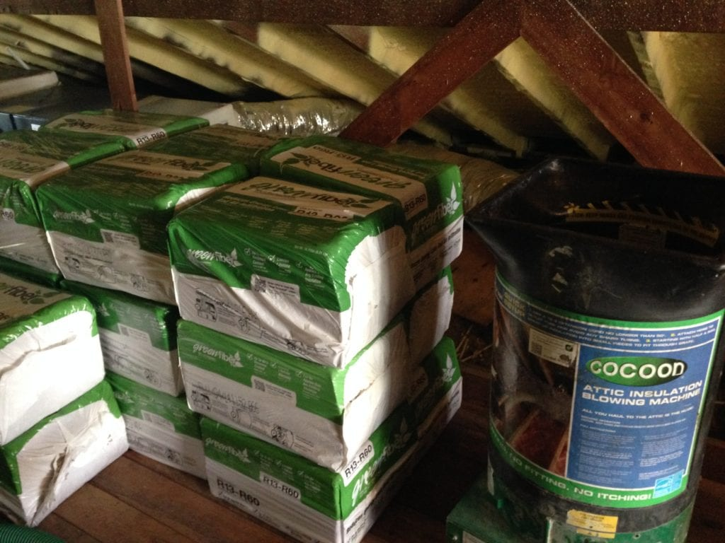How to install blown in insulation the craftsman blog blown in insulation solutioingenieria Images