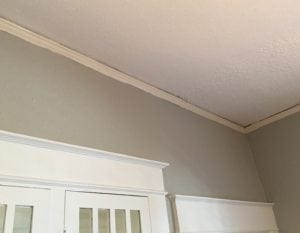 picture rail at ceiling