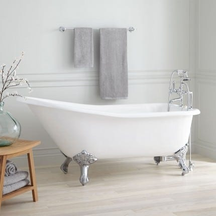Slipper clawfoot tub