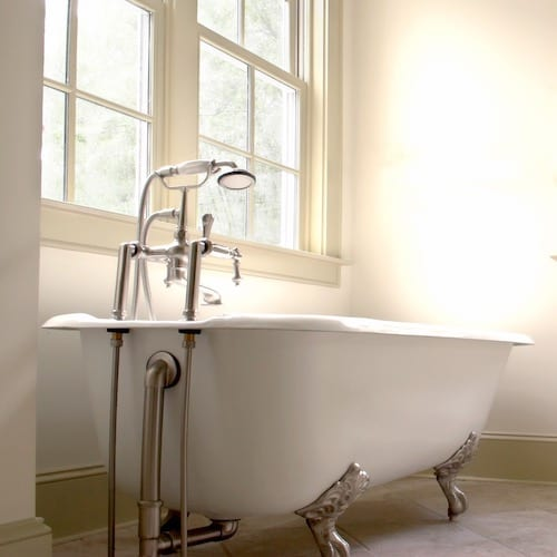 All About The Clawfoot Tub